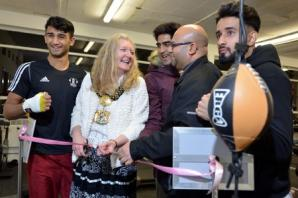 New gym uses boxing to tackle anti-social behaviour