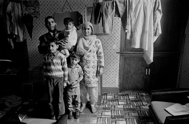 Iconic images of British Asian families from over forty years ago: Do you recognise anyone?